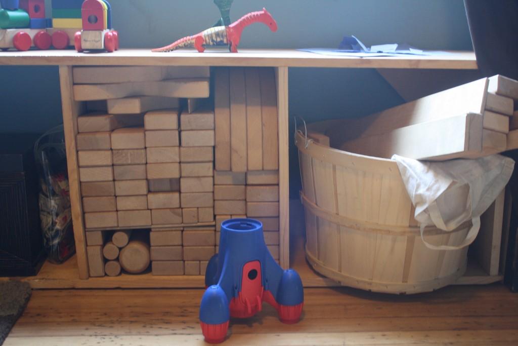 toys put away